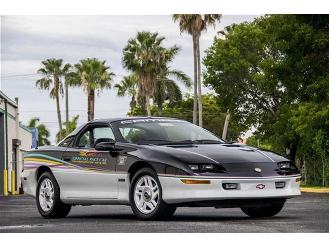 Large Picture of '93 Camaro located in Miami Florida Offered by The Garage - DHJE