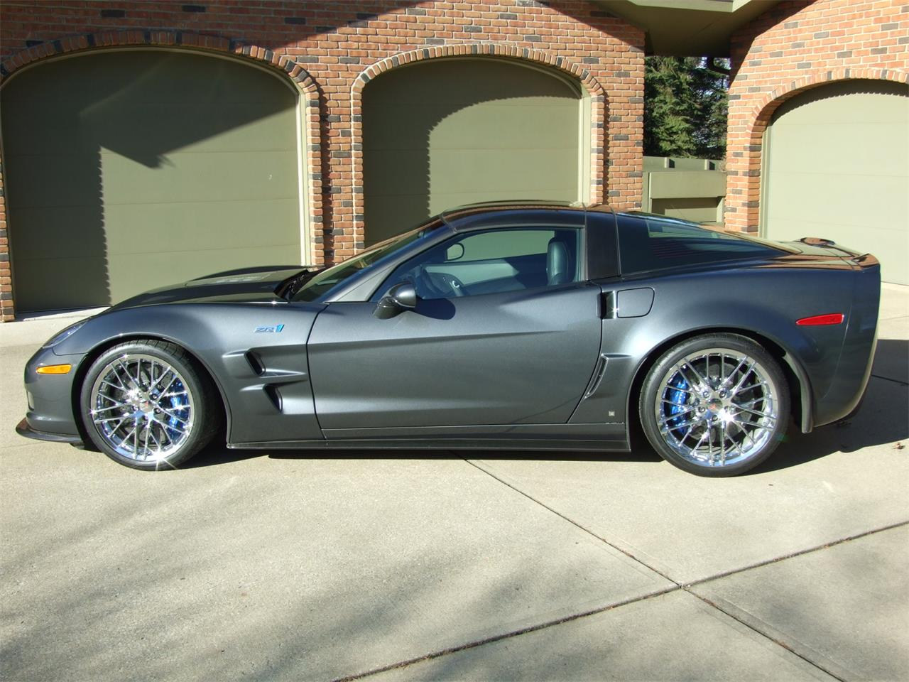 Large Picture of '09 Chevrolet Corvette ZR1 Offered by Auto Connection, Inc. - DJBI