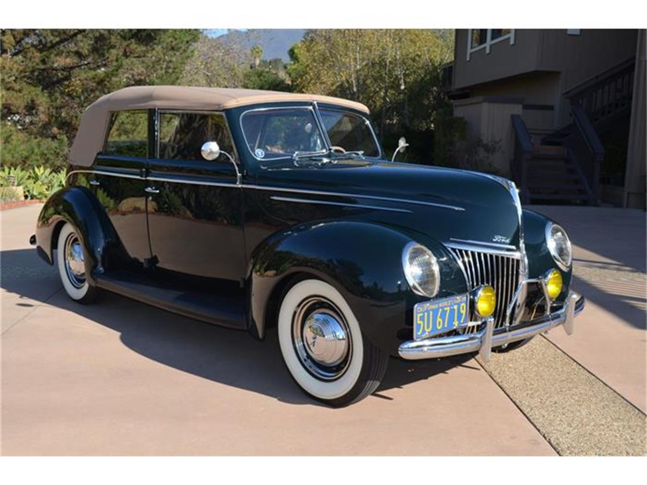 Large Picture of 1939 Ford Deluxe - $55,000.00 - DLUY