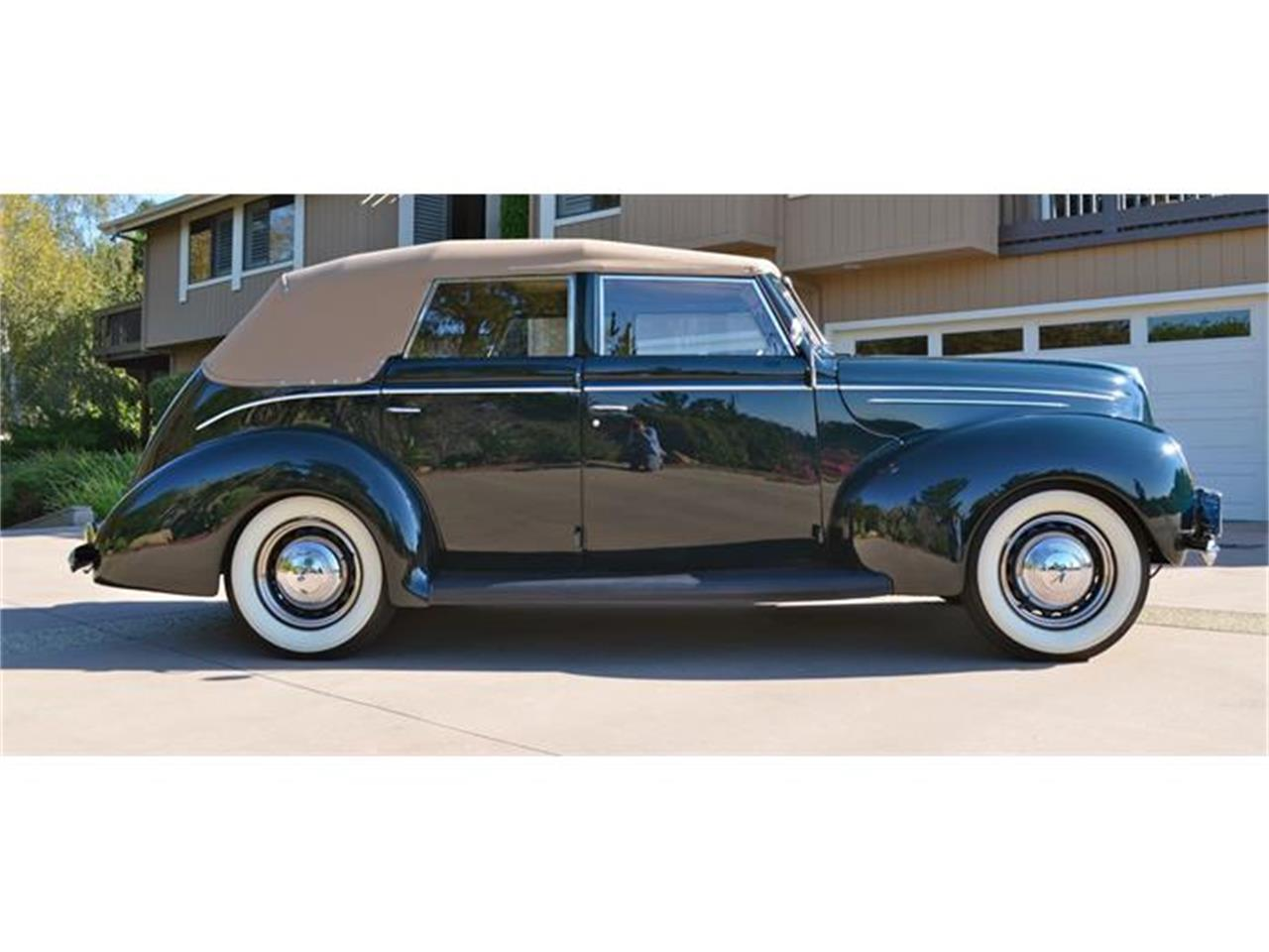 Large Picture of 1939 Deluxe - DLUY
