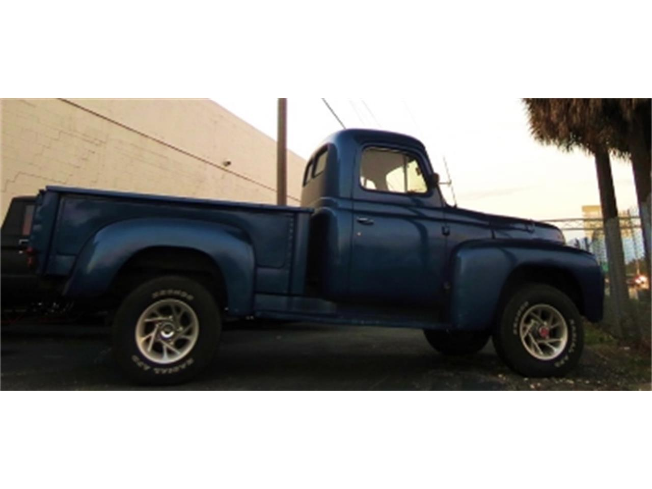 Large Picture of '52 International Pickup Offered by Sobe Classics - DM95