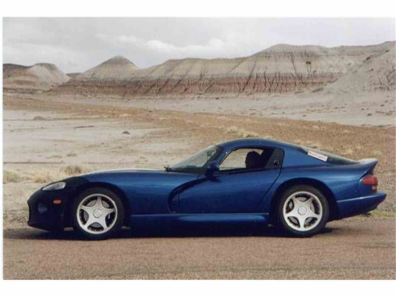 Large Picture of '97 Viper - DMIK