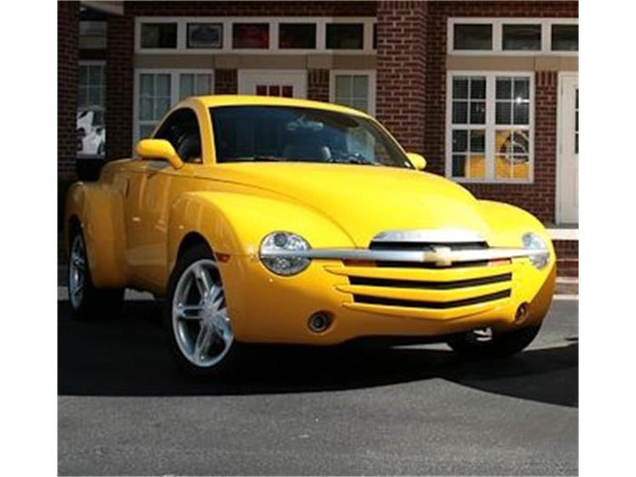 Large Picture of '03 SSR Auction Vehicle Offered by Muscle Car Jr - DMIN