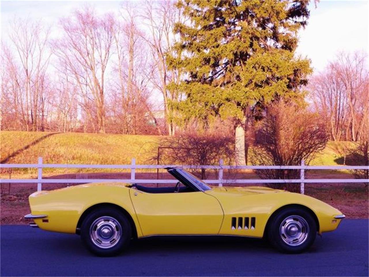 Large Picture of '68 Corvette - DO4F