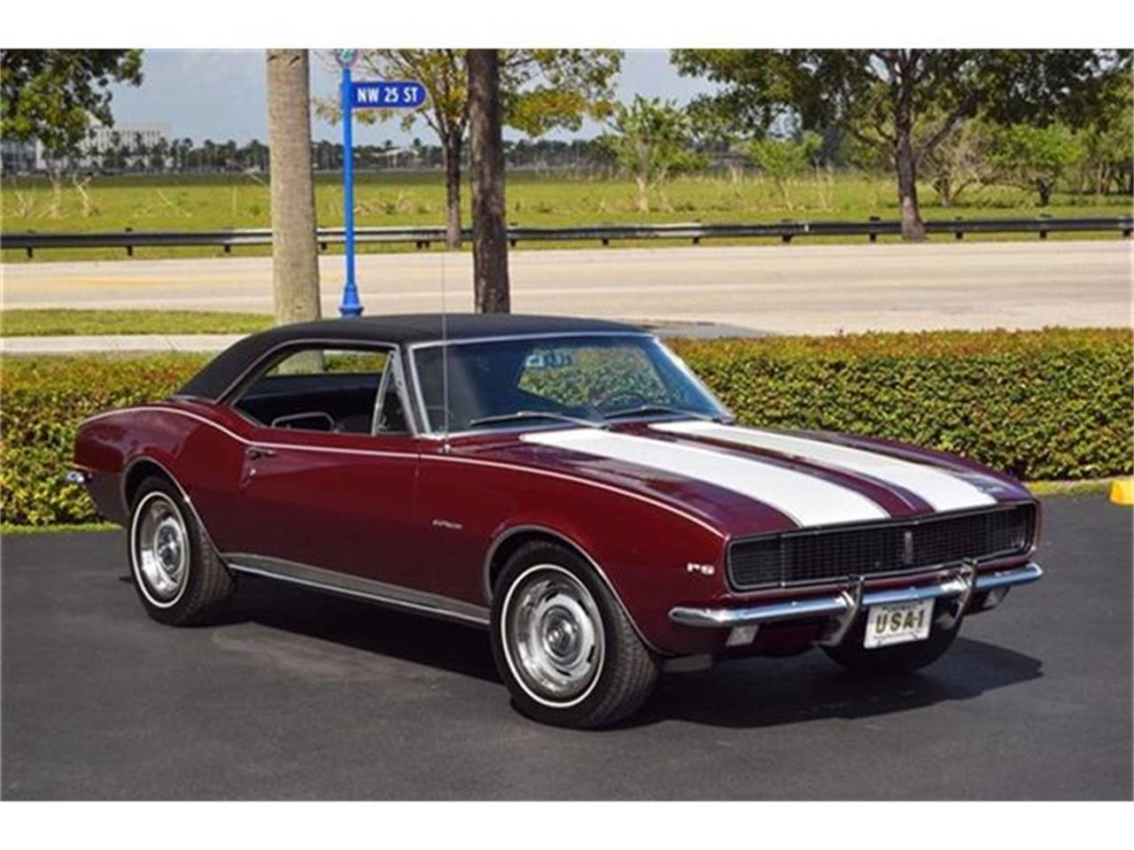 Large Picture of '67 Camaro RS - DIVD