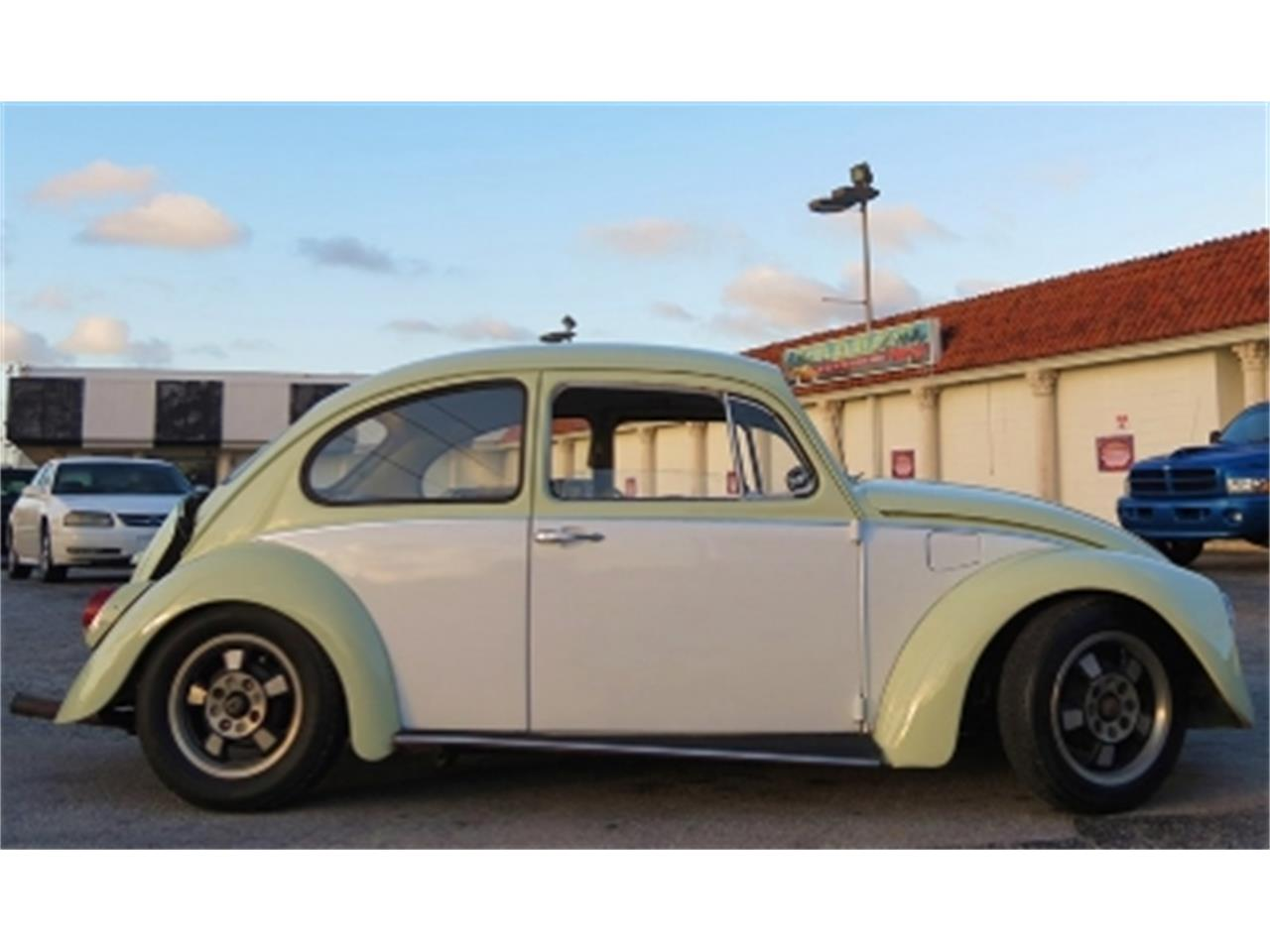Large Picture of Classic 1970 Volkswagen Beetle located in Florida - DRVK