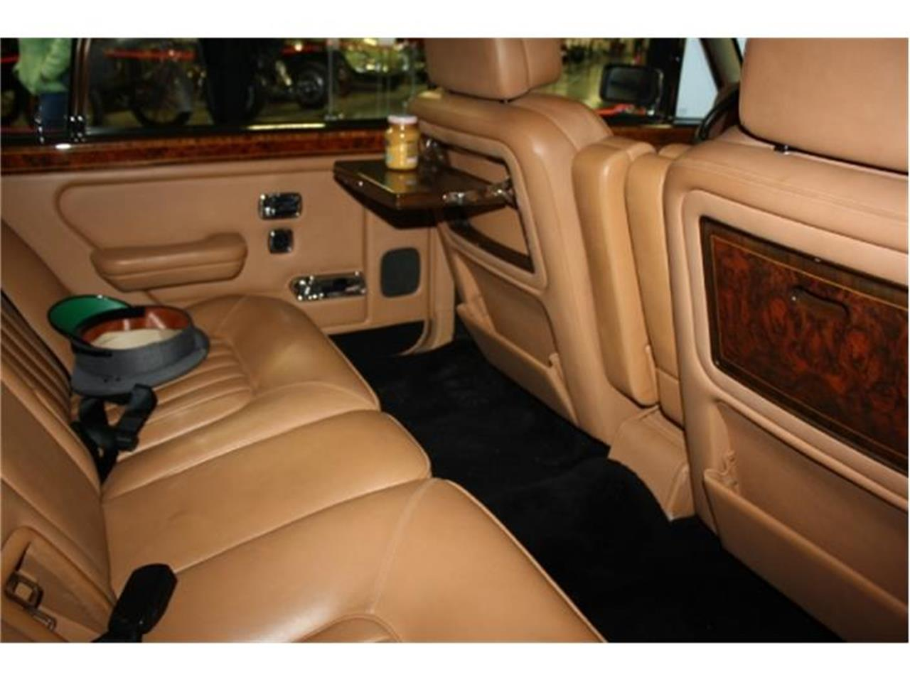 Large Picture of '91 Rolls-Royce Silver Spur Offered by Branson Auto & Farm Museum - DSBI