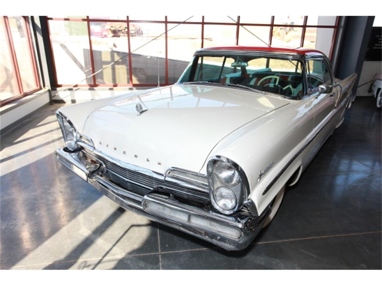 Large Picture of '57 Lincoln Premiere located in Missouri - $37,000.00 - DSBN