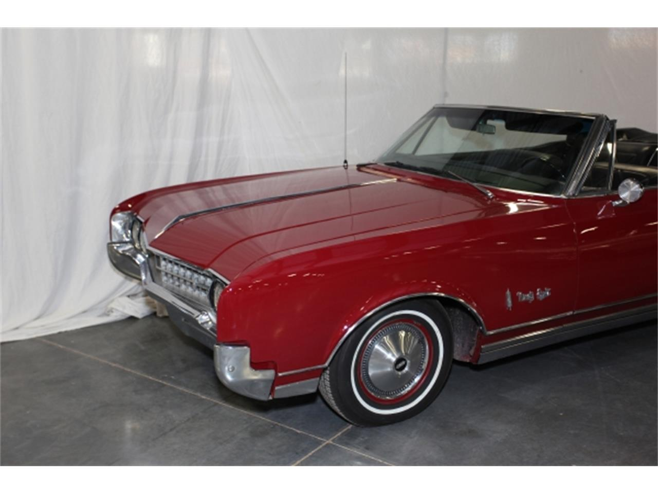 Large Picture of 1966 Oldsmobile 98 located in Missouri - $30,000.00 Offered by Branson Auto & Farm Museum - DSBZ