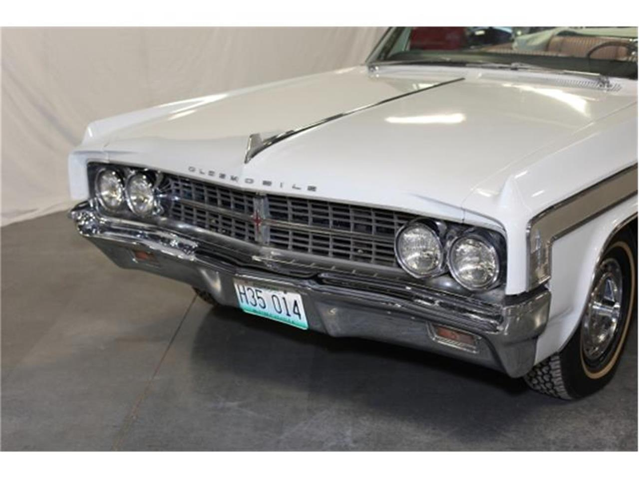 Large Picture of Classic 1963 Oldsmobile Starfire located in Branson Missouri - $40,000.00 - DSCB