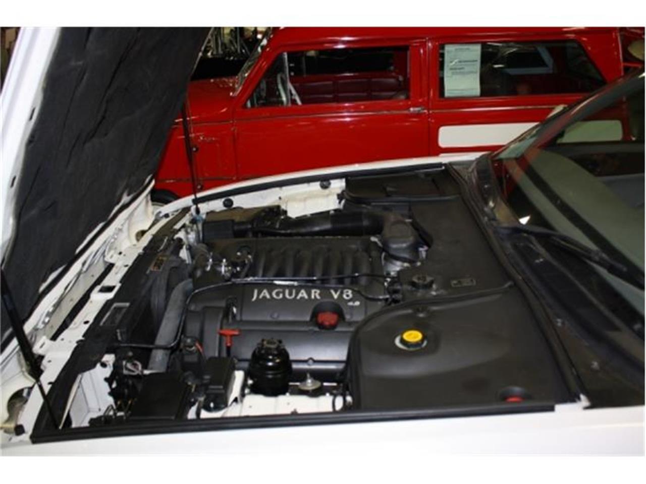 Large Picture of 2001 Jaguar XJ8 located in Missouri - $7,000.00 - DSCT