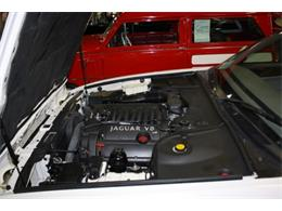 Picture of '01 XJ8 located in Branson Missouri - DSCT