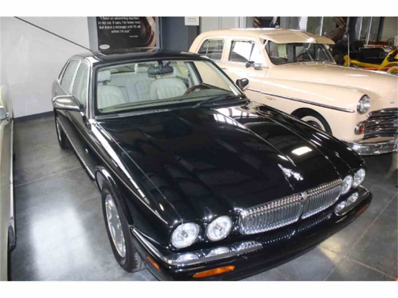 Large Picture of '98 XJ8 - DSCU