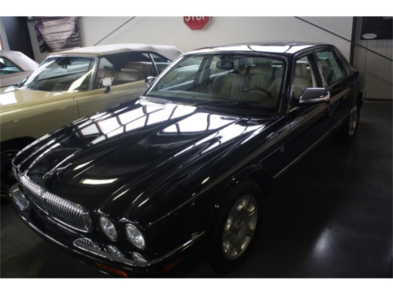 Large Picture of '98 XJ8 - $7,000.00 - DSCU