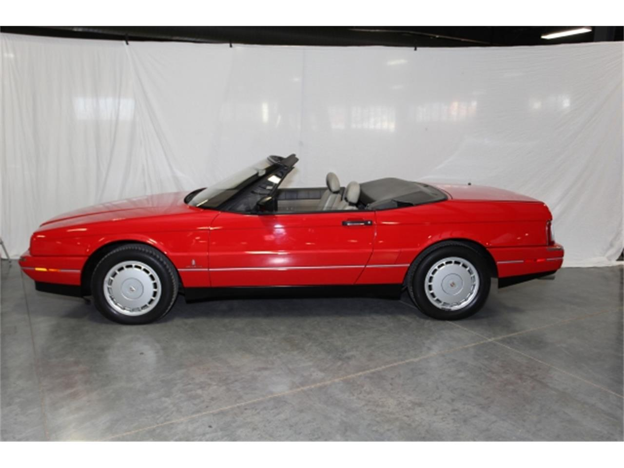 Large Picture of '92 Cadillac Allante located in Missouri - $12,950.00 Offered by Branson Auto & Farm Museum - DSCW
