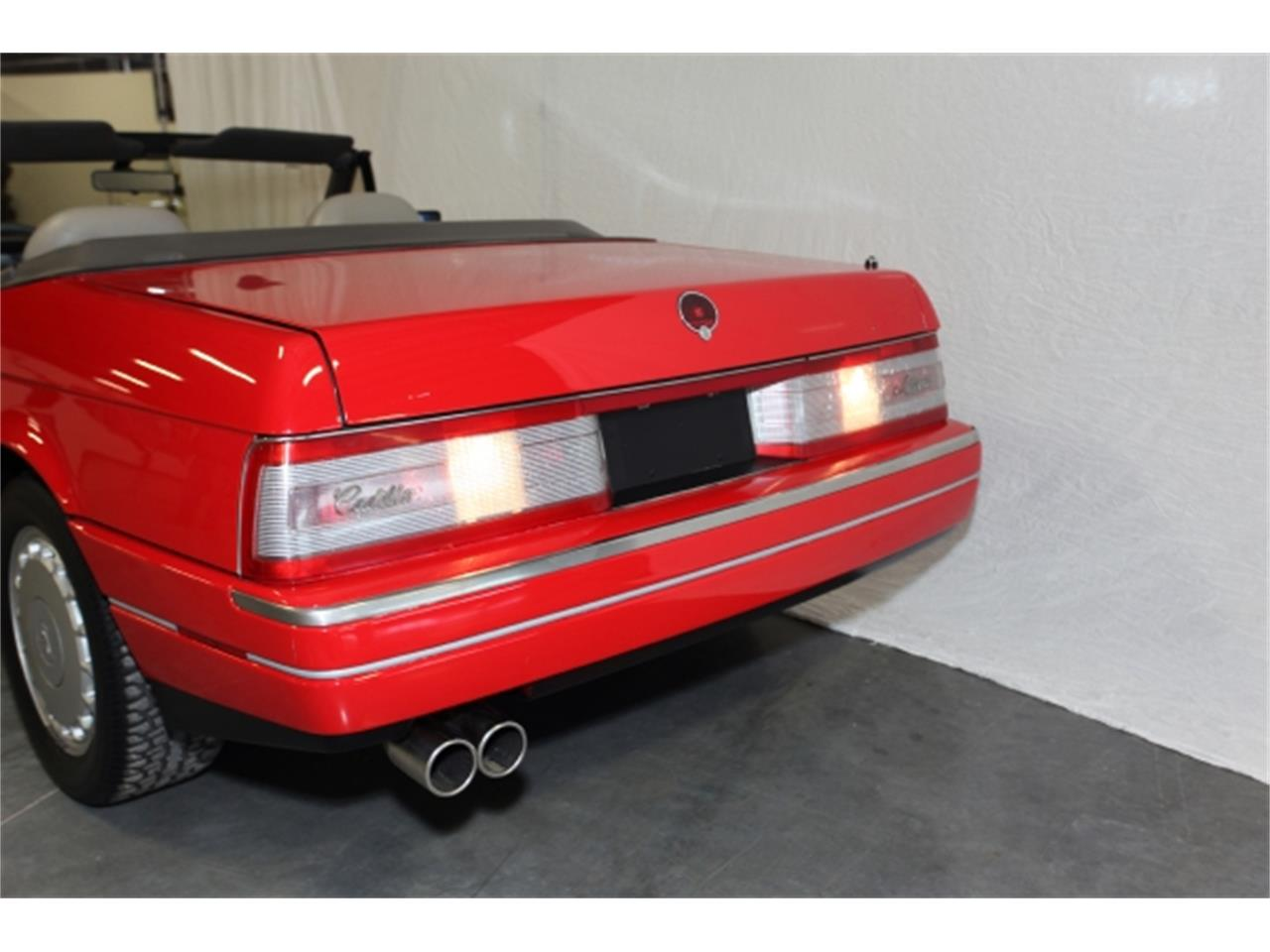 Large Picture of 1992 Cadillac Allante - $12,950.00 Offered by Branson Auto & Farm Museum - DSCW