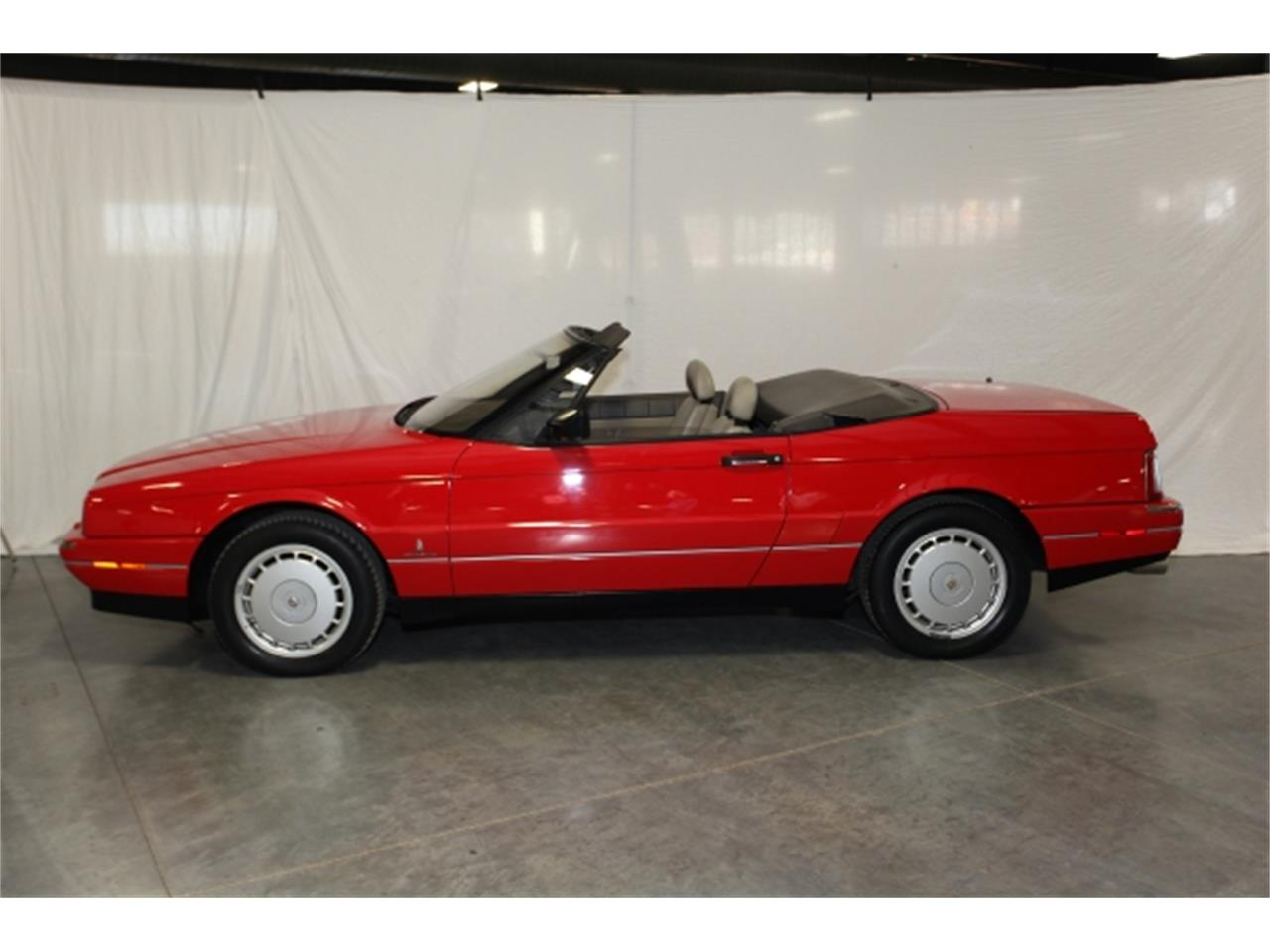 Large Picture of 1992 Cadillac Allante located in Branson Missouri - $12,950.00 Offered by Branson Auto & Farm Museum - DSCW