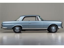 Picture of Classic '66 Mercedes-Benz 250SE located in Scotts Valley California Auction Vehicle Offered by Canepa - DSVZ