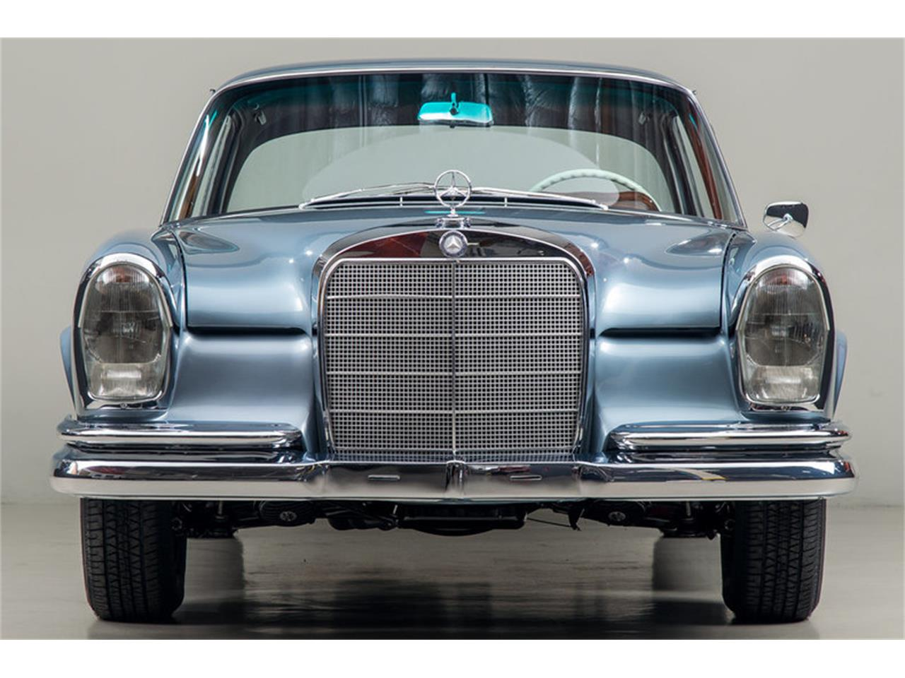 Large Picture of Classic 1966 Mercedes-Benz 250SE Auction Vehicle Offered by Canepa - DSVZ