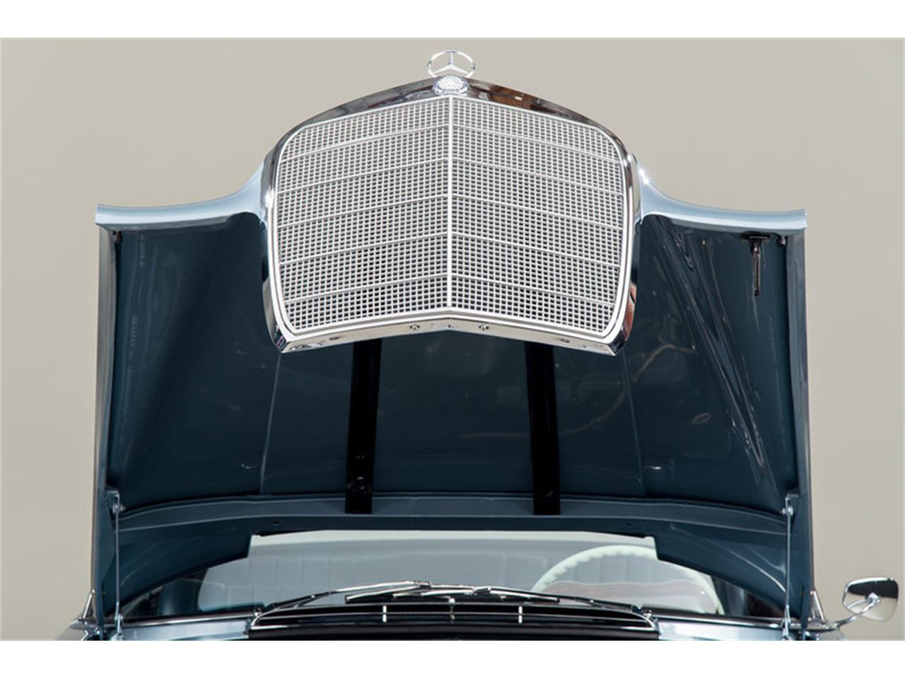 Large Picture of 1966 Mercedes-Benz 250SE Auction Vehicle Offered by Canepa - DSVZ