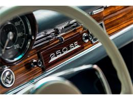 Picture of Classic 1966 Mercedes-Benz 250SE located in Scotts Valley California Auction Vehicle - DSVZ