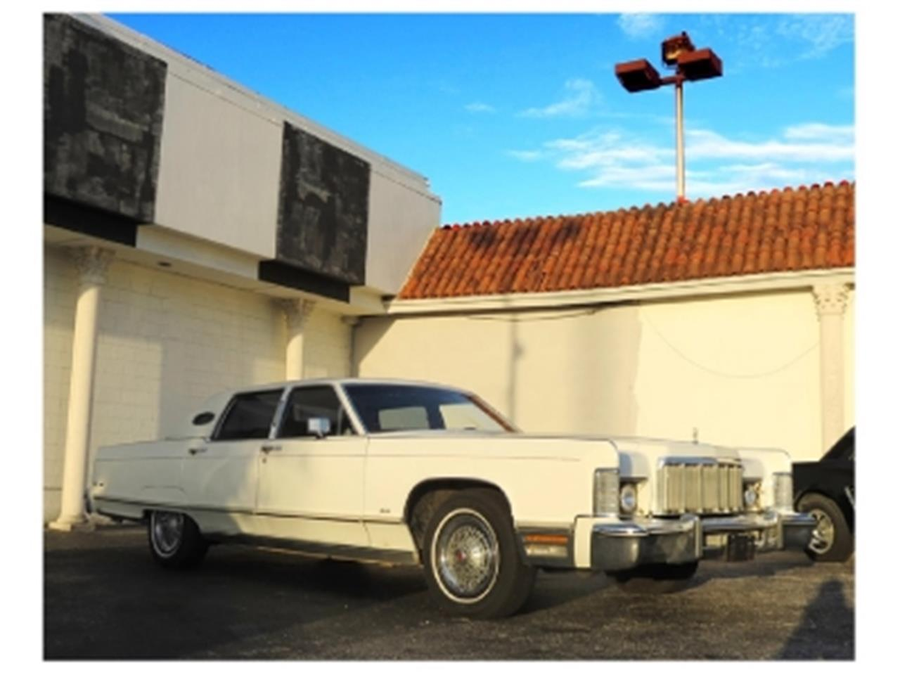 Large Picture of '76 Continental located in Florida - $12,500.00 Offered by Sobe Classics - DTFV