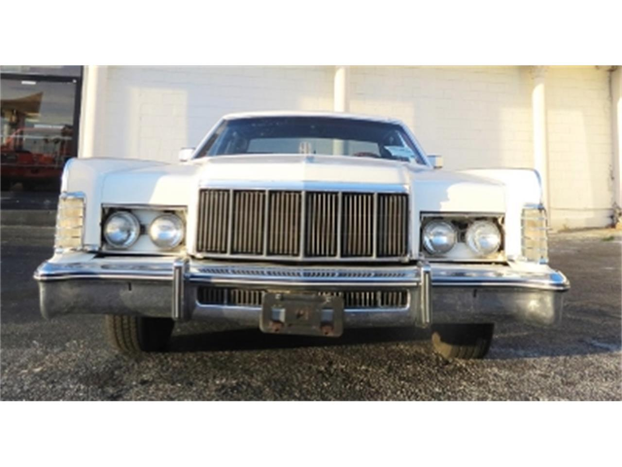 Large Picture of '76 Lincoln Continental - DTFV