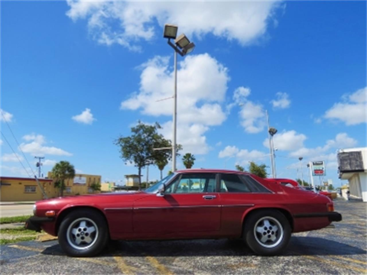 Large Picture of '78 Jaguar XJS located in Florida - DUZJ