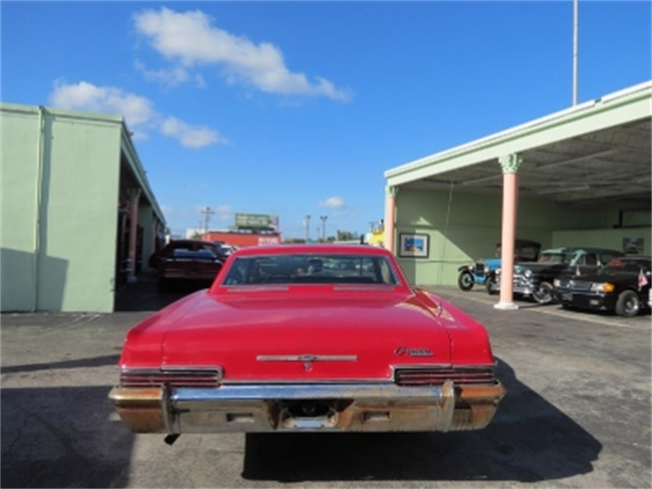 Large Picture of Classic '66 Chevrolet Caprice Offered by Sobe Classics - DVHD