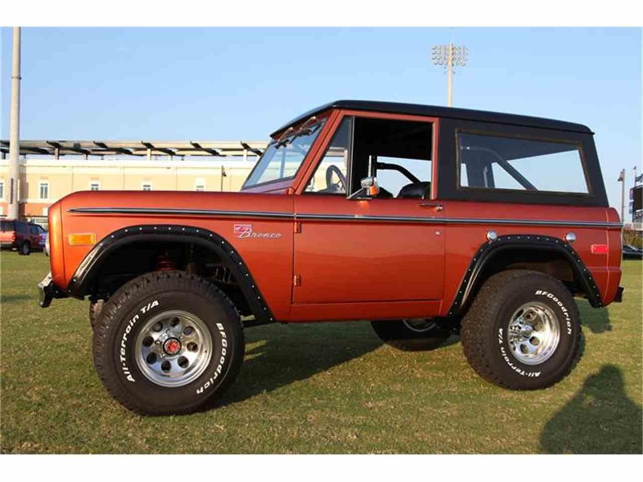 Large Picture of '76 Bronco - DQJ5