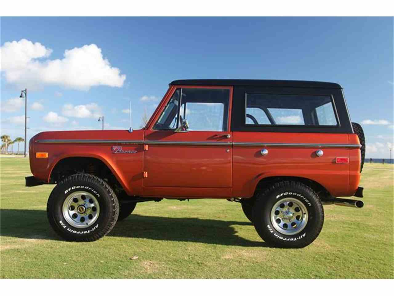 Large Picture of '73 Ford Bronco located in Florida - $89,900.00 Offered by Velocity Restorations - DQJA