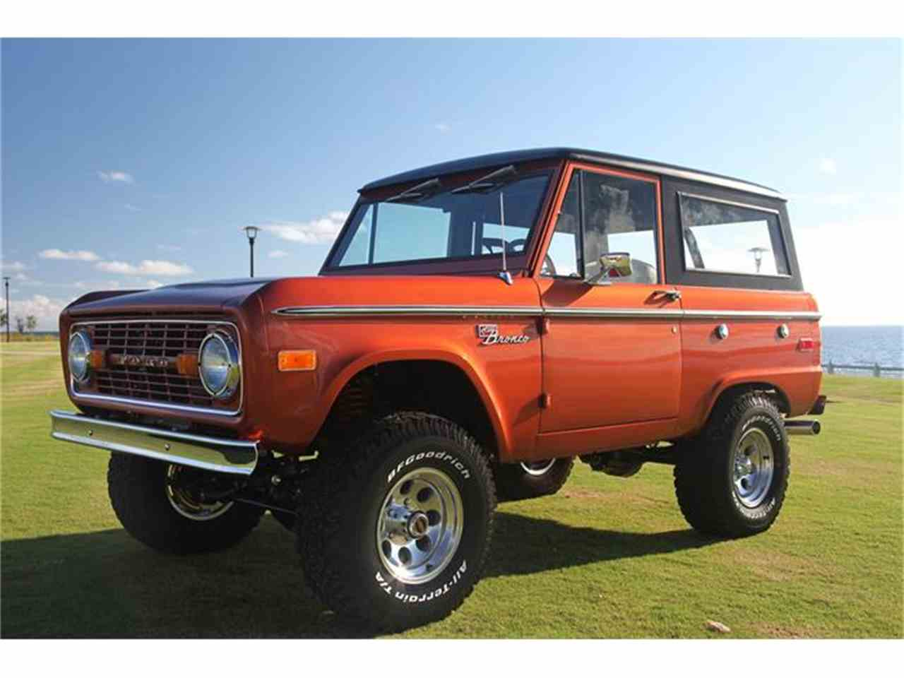 Large Picture of 1973 Ford Bronco - DQJA