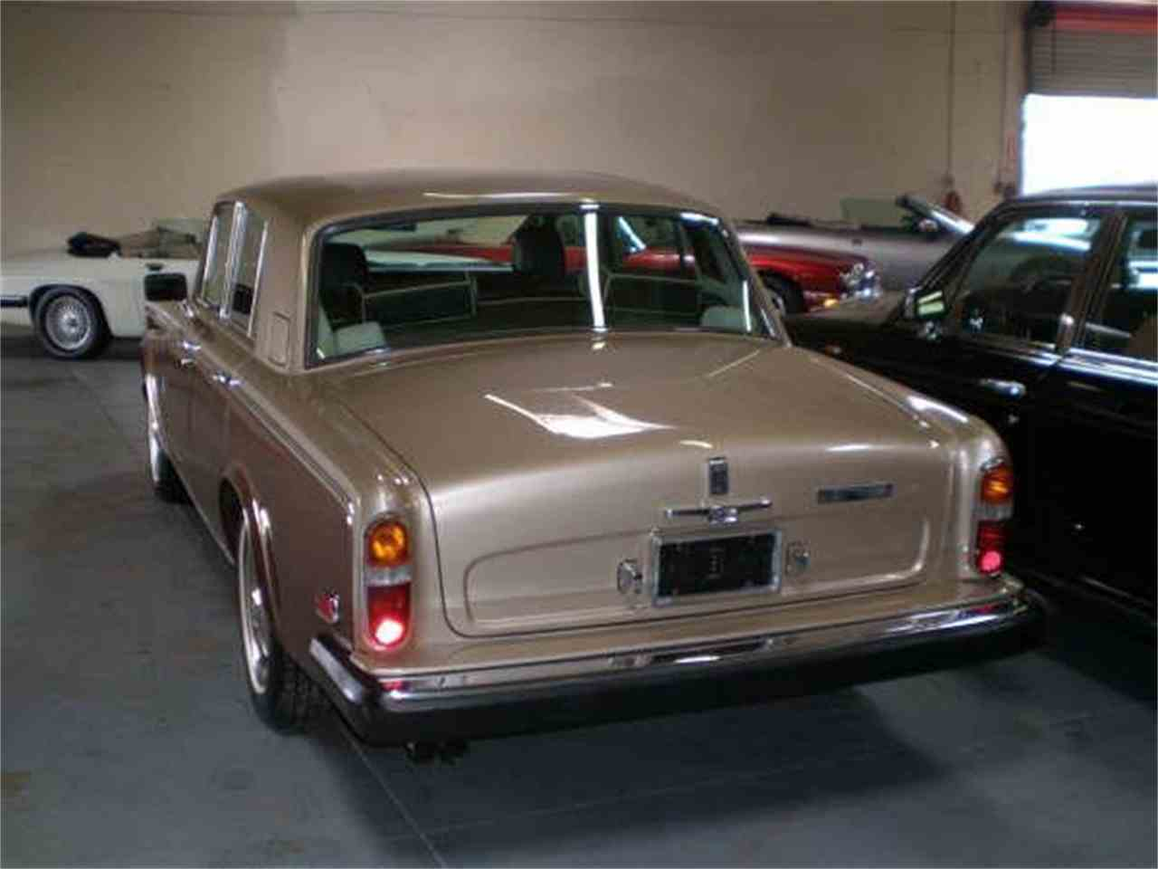 Large Picture of '78 Silver Shadow - DZYR