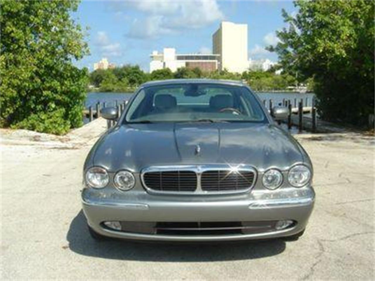 Large Picture of '04 Jaguar XJ - DZYU