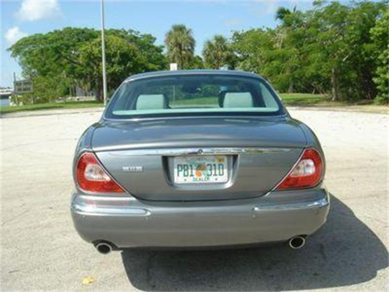 Large Picture of '04 XJ located in Florida Offered by Prestigious Euro Cars - DZYU