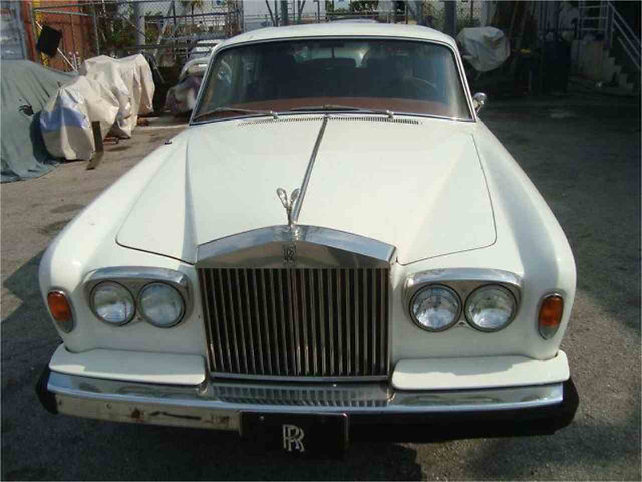 Large Picture of '76 Rolls-Royce Silver Shadow located in Florida Offered by Prestigious Euro Cars - DZZ2