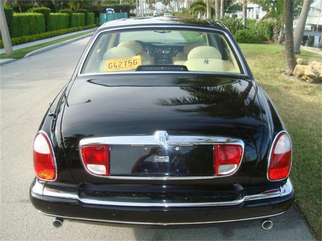 Large Picture of 2000 Rolls-Royce Silver Seraph - DZZ3