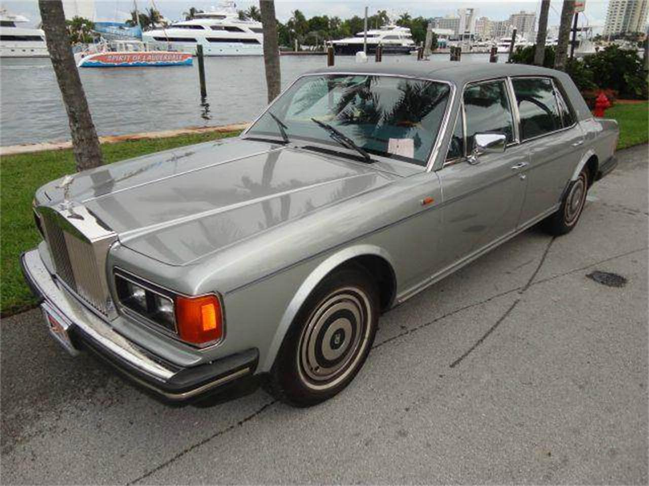 Large Picture of '88 Rolls-Royce Silver Spur - DZZF