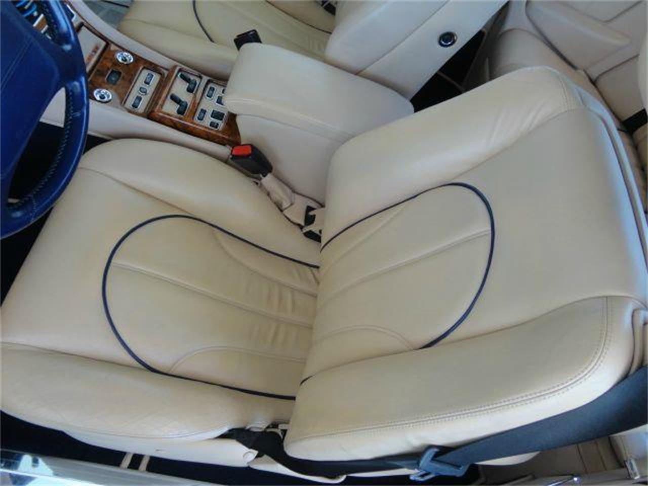 Large Picture of 2000 Rolls-Royce Corniche - $99,950.00 - DZZQ