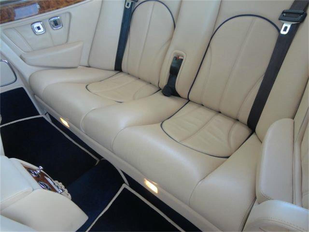 Large Picture of 2000 Rolls-Royce Corniche - DZZQ