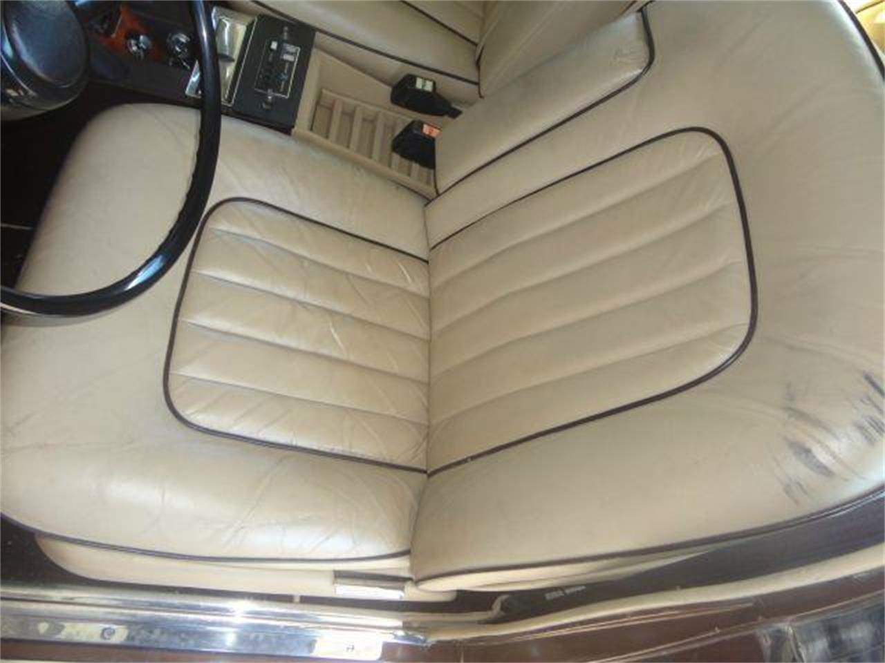 Large Picture of '76 Rolls-Royce Silver Shadow located in Fort Lauderdale Florida Offered by Prestigious Euro Cars - DZZR