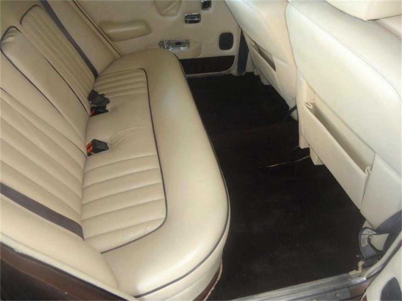 Large Picture of '76 Rolls-Royce Silver Shadow - $14,995.00 Offered by Prestigious Euro Cars - DZZR