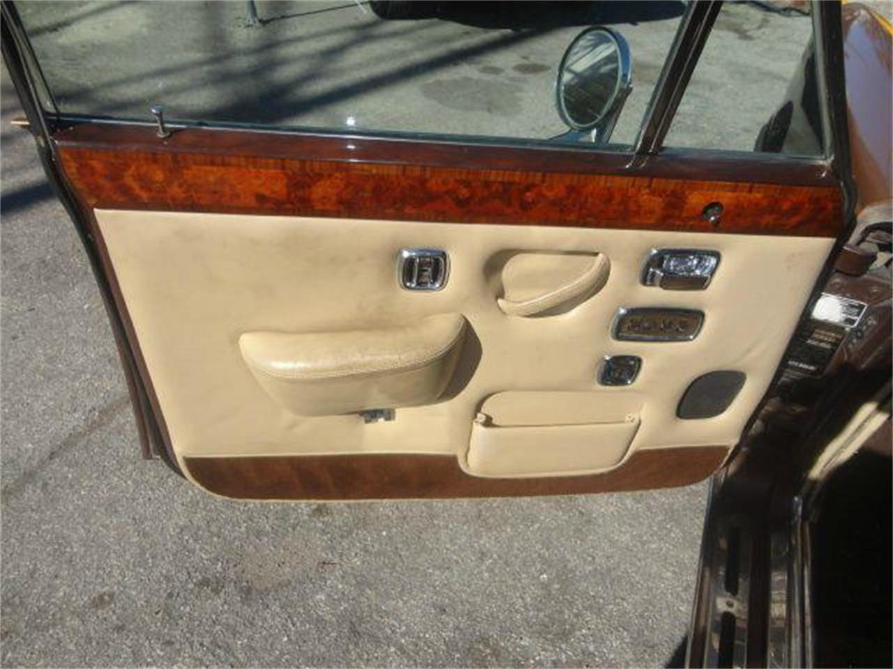 Large Picture of 1976 Rolls-Royce Silver Shadow - $14,995.00 Offered by Prestigious Euro Cars - DZZR