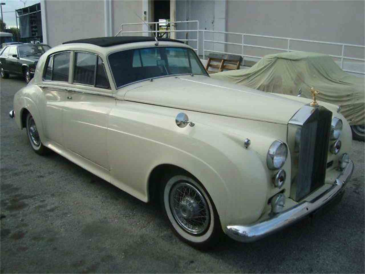 Large Picture of '61 Silver Cloud located in Fort Lauderdale Florida - $49,950.00 Offered by Prestigious Euro Cars - DZZX