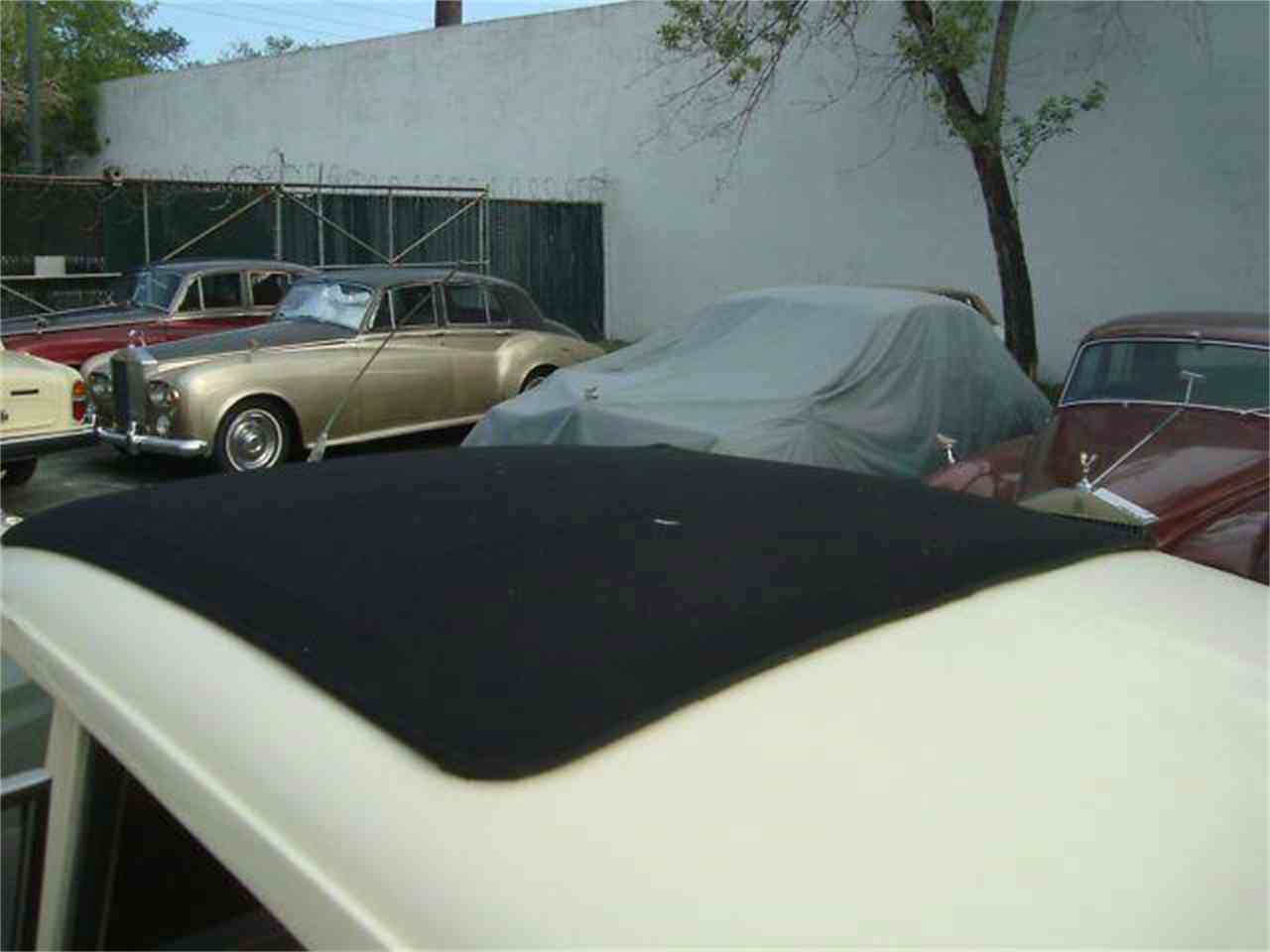 Large Picture of Classic 1961 Rolls-Royce Silver Cloud located in Fort Lauderdale Florida - $49,950.00 - DZZX