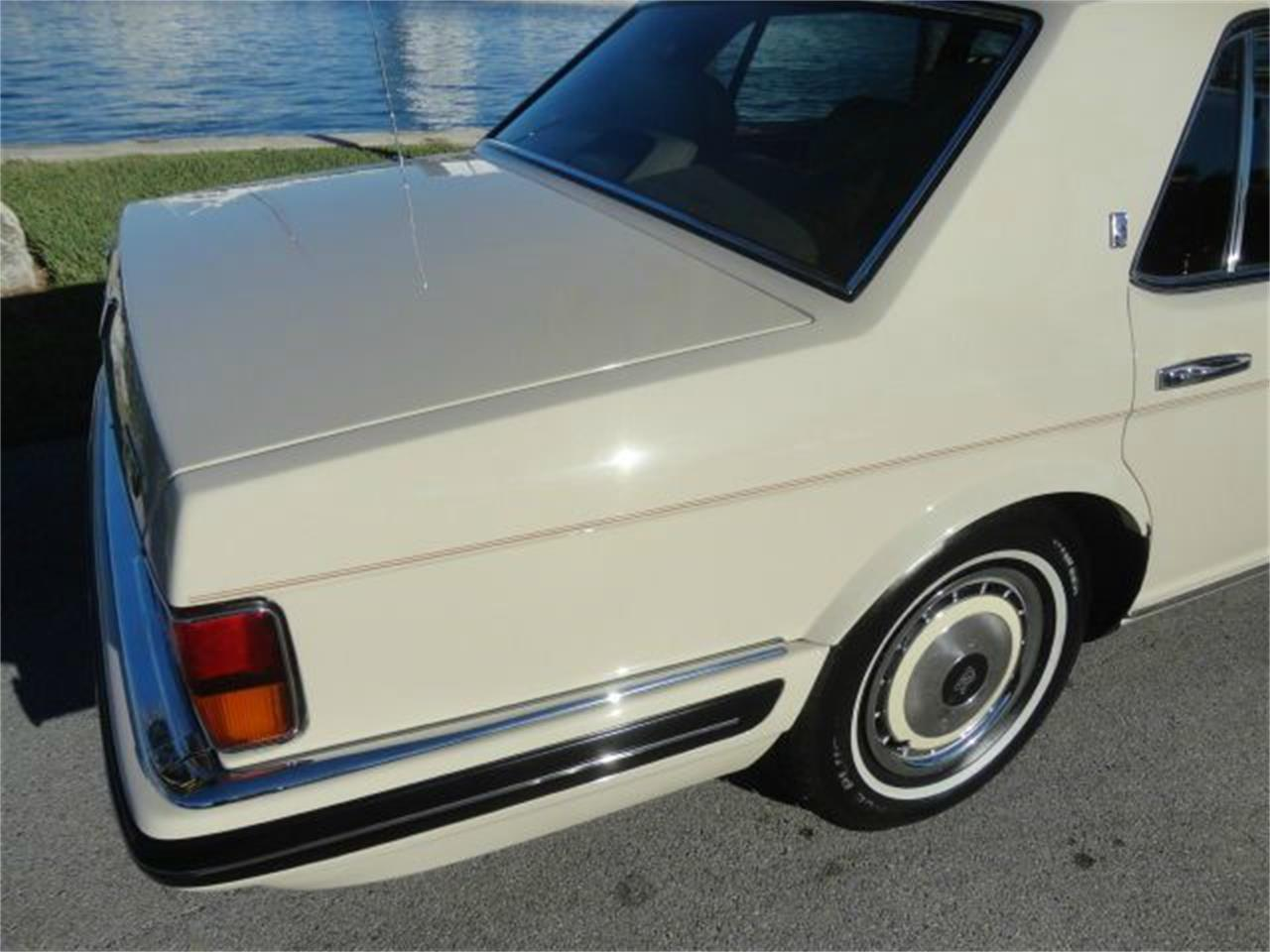 Large Picture of '96 Rolls-Royce Silver Spur - E000