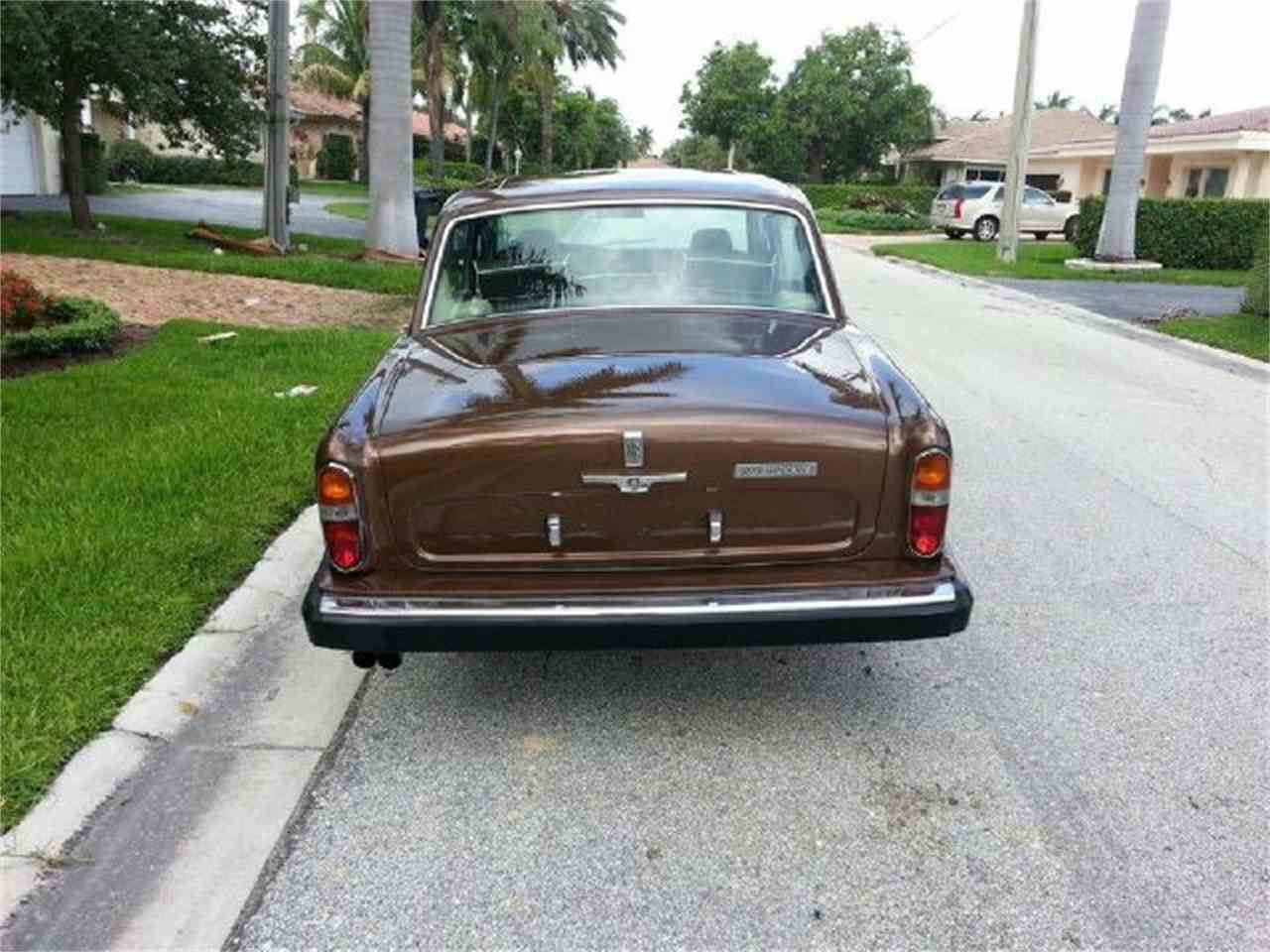 Large Picture of '78 Silver Shadow - E002