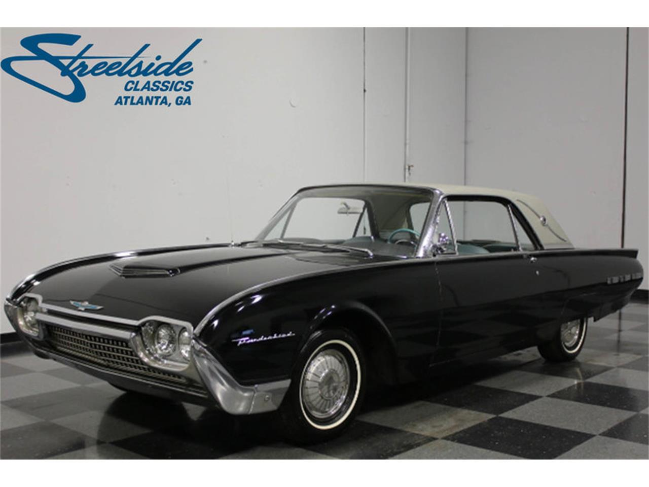 Large Picture of Classic '62 Thunderbird - E04Z