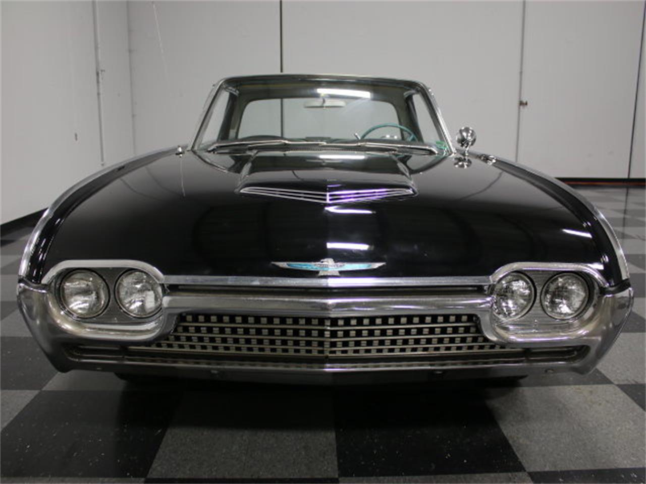 Large Picture of Classic 1962 Ford Thunderbird located in Georgia - E04Z