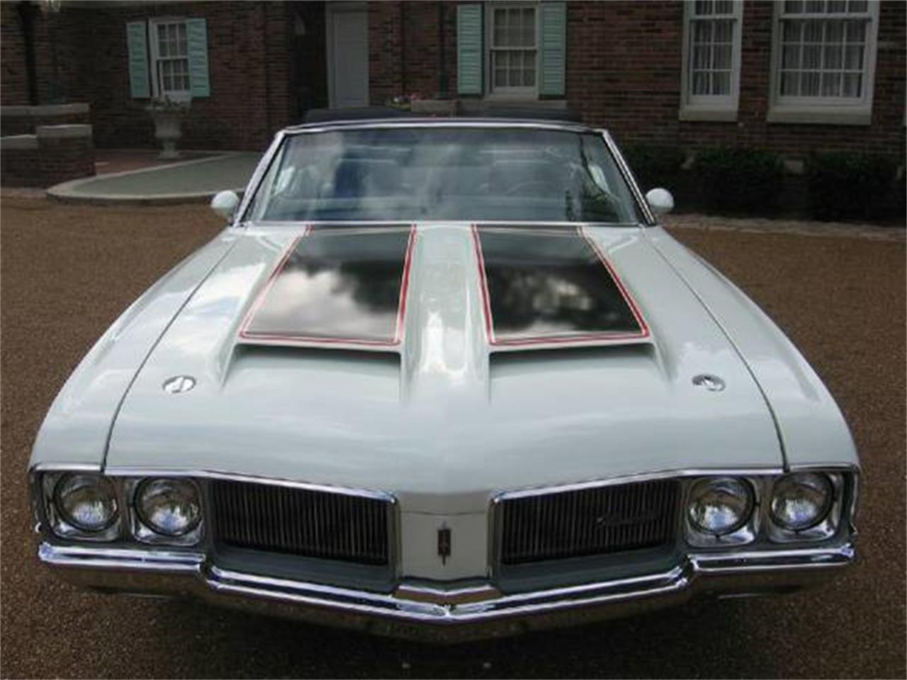 Large Picture of Classic '70 Cutlass Supreme located in St. Louis Missouri Offered by a Private Seller - E0YT